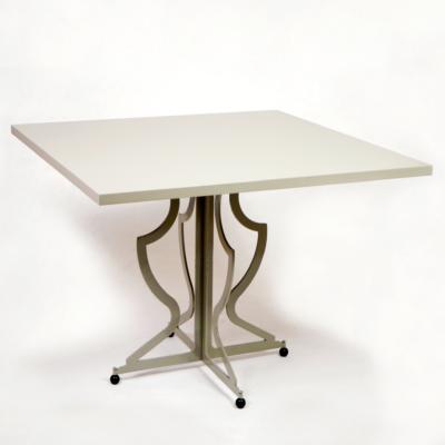 tavolo-grigio-1 copia