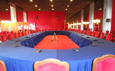 ITALIAN GERMAN high level dialogue al TEATRO REGIO di TORINO